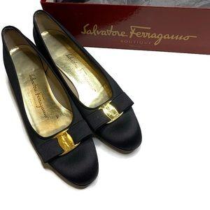 Salvatore Ferragamo Black Round Toe Small Heel 8